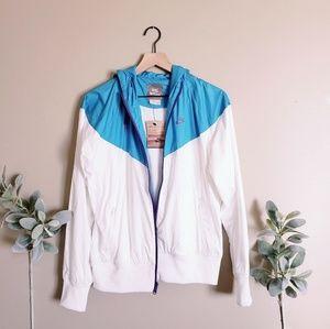 NWT Nike White and Blue Hypebeast Windbreaker